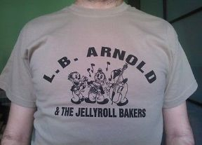 CAMISETA - T-SHIRT LB ARNOLD & JELLYROLL BAKERS – TALLAS/SIZES S-M-L-XL